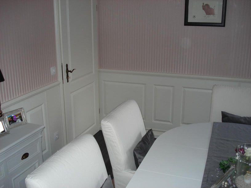 wandvertafelung landhaus die neuesten innenarchitekturideen. Black Bedroom Furniture Sets. Home Design Ideas